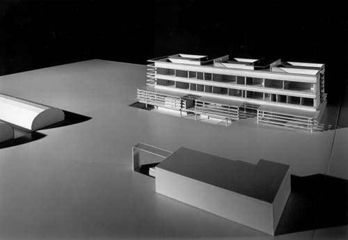<p>© RUNSER / PRANTL architekten, Berufsschule für Gärtner und Floristen, 1220 Wien, Österreich, Wettbewerb, 1999, Schule, Fotograf Pez Hejduk</p>